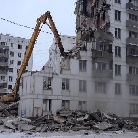 В Киеве снесут часть жилого комплекса