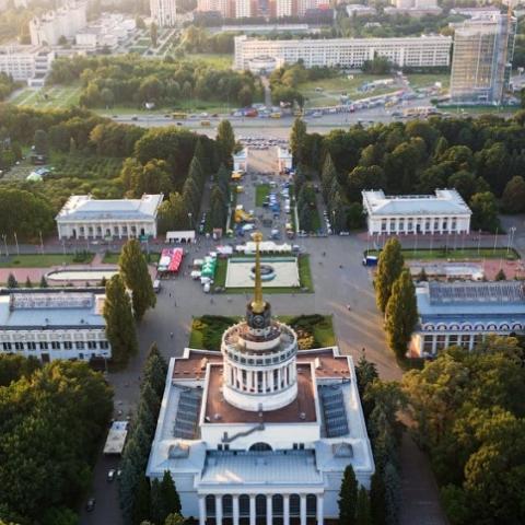 В Киеве в связи с фестивалем на ВДНХ продлили работу городского транспорта