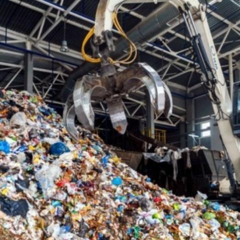 В Киеве заявили об угрозе для города из-за блокирования мусорного полигона