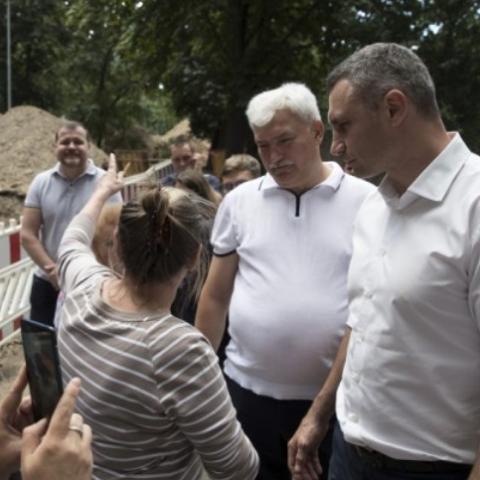В Києві відремонтують 869 дворів