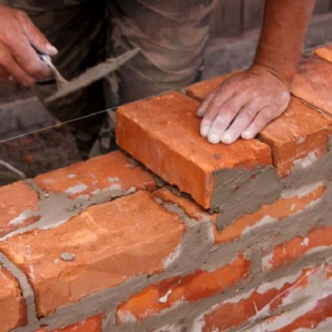 В Луцке обманутые вкладчики были вынуждены самостоятельно достраивать дом