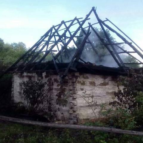 В музее в Пирогово полностью выгорел дом-экспонат