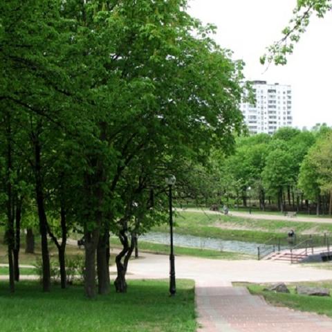 В парке на Отрадном завершился ремонт