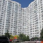 В Раде не смогли запретить офисы и хостелы в многоэтажках