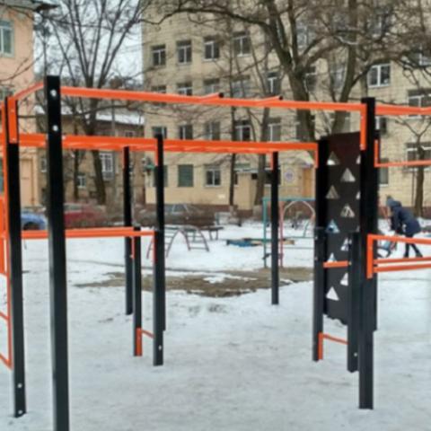 В Соломенском районе установят 40 спортивных площадок за год