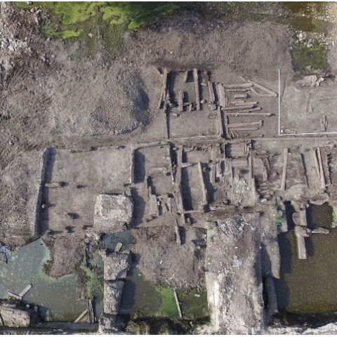В центре Киева нашли cокровища Киевской Руси и улицу XVII–XVIII веков