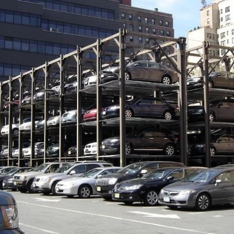 В центре Киева появятся механизированные паркинги