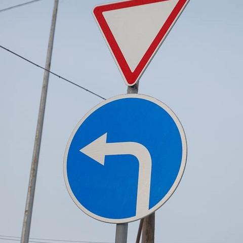 В Украине предлагают строить разноуровневые развязки вместо левых поворотов на трассах