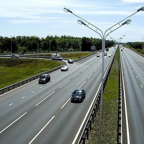 В Украине уменьшат ширину полос проектируемых дорог