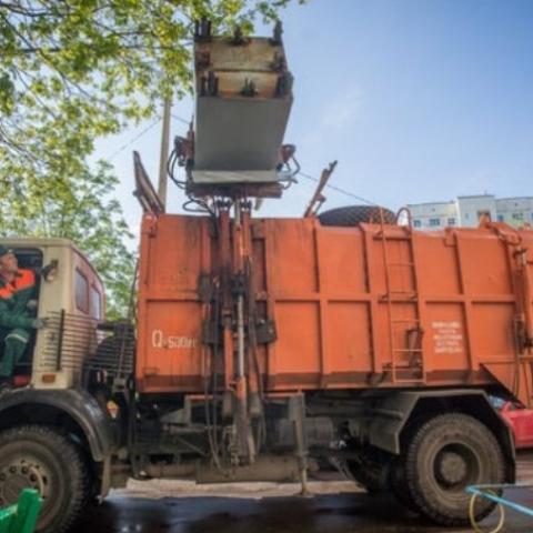 Вивезення твердих побутових відходів у Києві подорожчало