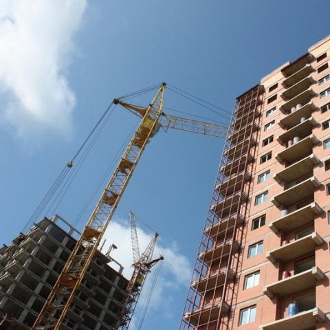 Власти начинают внедрять новый порядок выдачи лицензий на строительство