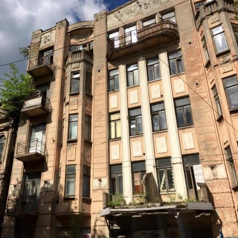 Власти пообещали уже в этом году реконструировать несколько исторических зданий