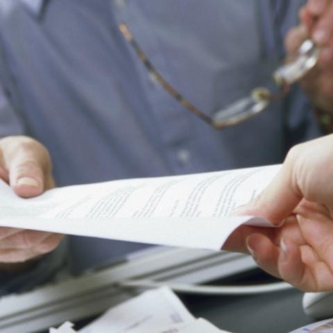 Советы юриста: порядок заключения договоров с поставщиками коммунальных услуг при покупке квартиры в новостройке