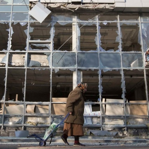 Канада и Швеция выделили 2 млн на восстановление Донбасса