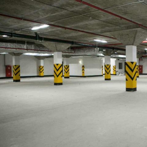 Паркинги в новостройках: хватит ли полместа на квартиру?