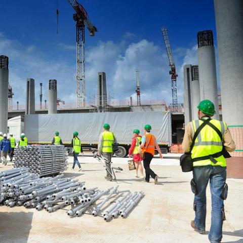 За первые три месяца текущего года строители освоили 14