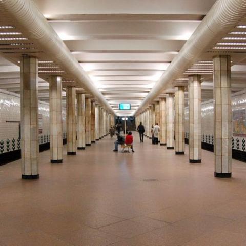 На станции метро «Святошин» после реконструкции появятся 5 лифтов и наземный туалет